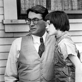 racism and social injustice in to kill a mockingbird a film by robert mulligan The film, to kill a mockingbird directed by robert mulligan, portrays a message  of racism, social class, and gender issues faced by southern towns post civil.