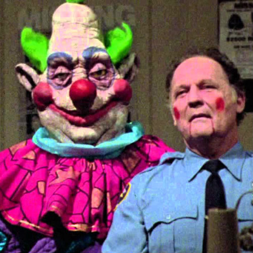 Killer klowns from outer space 1988 ming movie reviews for Space clowns